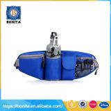 Le plus défunt modèle exécutant le sac multifonctionnel en nylon imperméable à l'eau de ceinture de maintien de sports