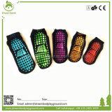 China-Fabrik-Preis-Trampoline-Komprimierung-rutschfeste Socken