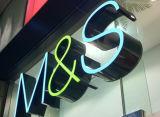 Дверь дела магазина рекламируя крытые нутряные акриловые загоранные письма канала СИД