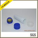 Assembler le moulage de chapeau de pesticide et préformer le moulage