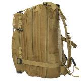 キャンプする大きい容量旅行袋のカムフラージュの戦術的な軍のバックパックをハイキングする