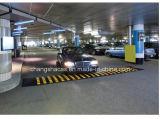 Cahot en caoutchouc jaune et noir de circulation de sécurité routière r3fléchissante de vitesse