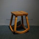 現代様式の固体灰の木製の腰掛けの椅子(1622C)