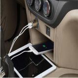 L'entrée 5V 2.4A/1A de dc 12 V sortie conjuguent chargeur principal rond de batterie de voiture en métal de chargeur de véhicule d'USB pour le téléphone