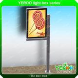 Напольный уличный фонарь Поляк Mupi рекламируя оборудование выставки светлой коробки