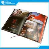 結婚の光沢のあるアートペーパーのハードカバー本の印刷