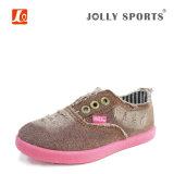 子供の新しい子供の男の子の女の子のための方法によって加硫させる偶然靴