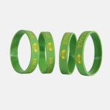 Großverkauf passte aufbereitetes umweltfreundliches Wristbands Debossed Silikon an