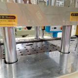 Vertikaler Typ Plättchen-Tisch-Silikon-Gummi-Spritzen-Maschine 45t