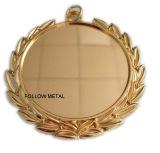 Unbelegte Medaille mit Aufkleber in der Mitte kann Ihr Firmenzeichen hinzufügen