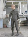 Kinder gestalten für Mannequin-Produktion