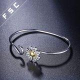 Pulsera plateada plata por encargo del crisantemo de la manera para la muchacha
