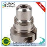 CNC подвергая выполненный на заказ подвергать механической обработке механической обработке частей алюминия/нержавеющей стали
