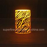 Venta al por mayor plástica sin llama de imitación realista de interior del regalo de la vela del pilar LED del día de fiesta que oscila