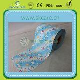 柔らかい赤ん坊のおむつによっては正面テープがループする