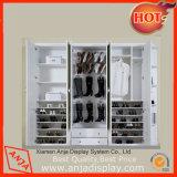 Enregistrer les crémaillères d'étalage de chaussure