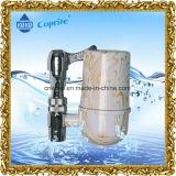 Il filtro dalle acque di rubinetto della famiglia della cucina