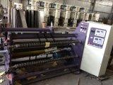 Cortando a maquinaria e rebobinando a máquina