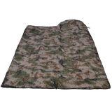 屋外のUltralightカムフラージュの空の綿の寝袋