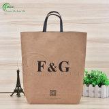 Изготовленный на заказ мешок бумаги Kraft высокого качества упаковывая для покупкы/подарка/одежды (KG-PB015)