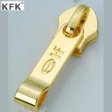 Kundenspezifisches Design Platting Metal Zipper Puller& Nylon Zipper Slider für Luggage