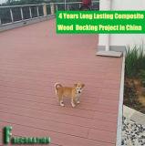 4 ans de plastique en bois WPC de Decking composé de finition de projet