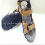 Nuevos zapatos de la sandalia de la playa de los zapatos de las sandalias de los hombres