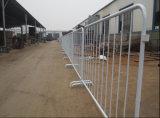 Barrière en acier de circulation avec des pieds de passerelle