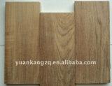 Plancher en bois machiné par parquet de bonne qualité