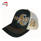 刺繍された野球の網の帽子