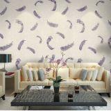 継ぎ目が無く標準的で贅沢な羽の浮彫りになる壁紙ファブリックホテルの寝室の居間
