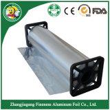 Papier d'aluminium avec la boîte ondulée