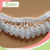 El diseño de los clientes dio la bienvenida al ajuste químico de marfil del cordón del cordón del bordado