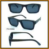 2015 Bamboo Handmade Sunglasses con Polariod Lenses (FX15066)
