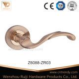 Ручка рукоятки двери сплава цинка на розетке (Z6088-ZR03)