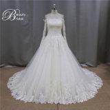 Boléro fabriqué à la main exquis plus des robes de mariage de taille avec la chemise