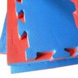 Couvre-tapis à haute densité de karaté de mousse de 100kg/M3 XPE