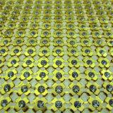 L'immaginazione cuce sulla maglia di alluminio di cristallo del Rhinestone del fiore