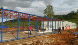 Casa prefabricada durable del bajo costo con el marco simple de la estructura de acero