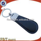 Embleem Keychain van de Auto van het Metaal van het Leer van de Douane van de fabriek het In het groot (FTKC9143J)