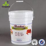 Cubo plástico resistente del compartimiento de 5 galones para la venta