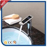 Robinet de bassin de visualisation électronique pour le bassin de salle de bains avec du chrome terminé