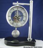 Presentes de aniversário corporativo de bronze Pendulum Relógio de mesa de madeira
