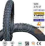 La motocicleta parte el neumático de la motocicleta del neumático de la motocicleta del camino 2.75-17