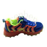 Pattini della scarpa da tennis dei nuovi bambini arrivanti di modo