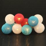 Luz de la cadena de la decoración del día de fiesta de la luz de la Navidad de la cadena de la luz de la bola de algodón