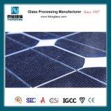ソーラーコレクタの使用の低い鉄4mm 3.2mm Arコーティングの緩和された太陽ガラス