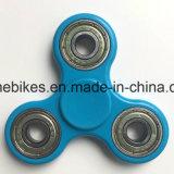Haltbare EDC-Metalpeilung-Geschwindigkeits-Tri Unruhe-Spielzeug-Finger-Spinner