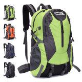à l'extérieur la porte folâtre le sac à dos/sac à dos campant de /Climbing /Hiking