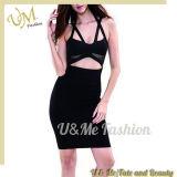 Reizvolles Schwarzes herausgeschnittenes Ineinander greifen-Partei-Kleid